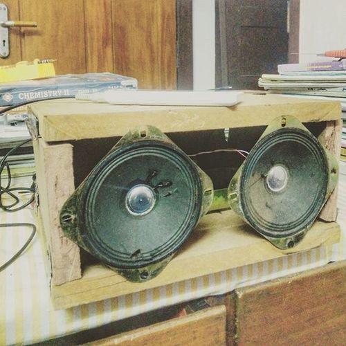 എന്റെ അനിയൻ ഉണ്ടാകിയ സ്പീക്കർ സിസ്റ്റം BuiltNotBought Speakersystem Jackwood Oldpanasonic VSCO Vscocam Vscoindia Oneplus Oneplusone Oneplusonephotography Snapseed LearningPhotography Instagram Mblclk