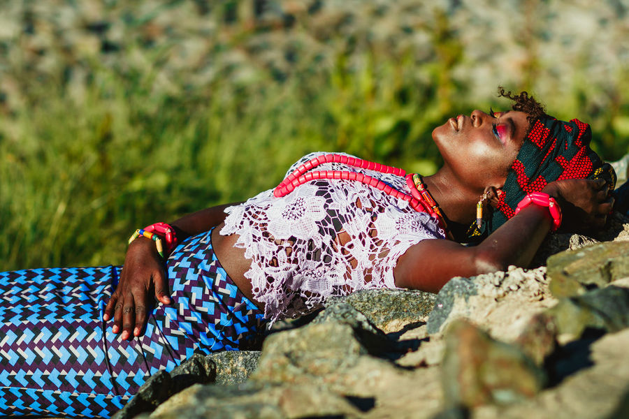 African African Beauty Beauty Dark Girl Ethnic Ethnic Beauty Outdoor Photography Outdoors Sun Woman Portrait Woman Who Inspire You Natural Light Portrait Showcase June Inner Power