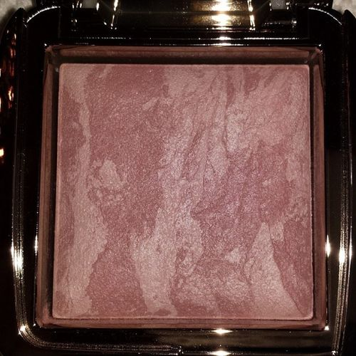 Another beauty ? @hourglasscosmetics Hourglass Ambientlightingblush Moodexposure Blush bblogger beautiful beautyblogger blogger beautylover loveit nofilter