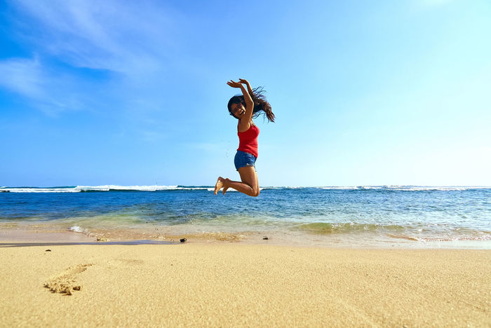 A fun day at the beach. Beach Photography Indian Ocean INDONESIA Indrayanti Beach Life Is A Beach My Wife Perfect Match Picturing Individuality Showcase: November Yogyakarta Blue Wave Letyourhairdown Thegreatoutdoorswithadobe