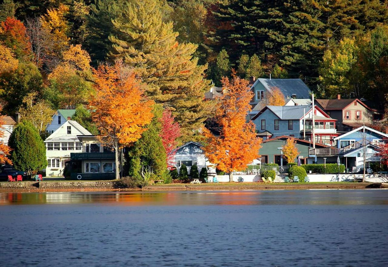 autumn, tree, house, architecture, building exterior, built structure, change, water, outdoors, nature, tranquility, no people, leaf, day, residential building, scenics, lake, beauty in nature, sky