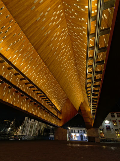 Ghent City Hall, a large stand-alone canopy in the inner city of Ghent, Belgium, view from below, long exposure at night. architects: Robbrecht, Daem and Marie-José Van Hee Belgium City Hall Flanders Ghent Modern Architecture Roof Architecture Belgian  Built Structure City Europe Flemish Illuminated Long Exposure Modern Night Schaapstal Structure Tourism