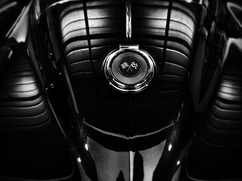 You can simply never guess what this is...... Black And White Reflections Curves Light And Shadow Taking Photos Artistic Beautiful Picture Classic Blackandwhite Photography