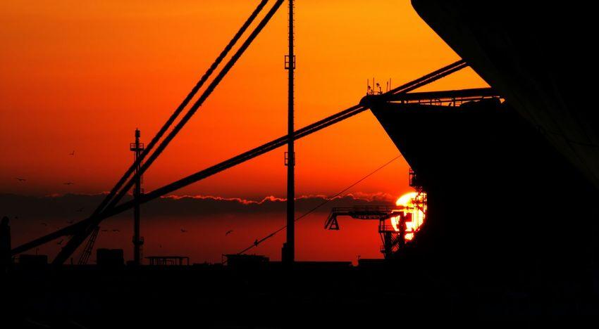 Sonnenaufgang im Hafen Italia Palermo Marina Sonnenaufgang Mittelmeer Beautiful Nature Hello World