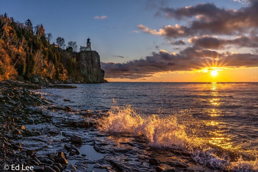 Sunrise at Split Rock Lighthouse Sunlight Waves Lighthouse Sunrise_sunsets_aroundworld Sunrise Beauty In Nature Nature Landscape_Collection Nature Photography Streamzoofamily Malephotographerofthemonth Sky Water Sea Beauty In Nature Scenics - Nature Cloud - Sky Nature Sunlight Tranquility Tranquil Scene No People Land Horizon Over Water