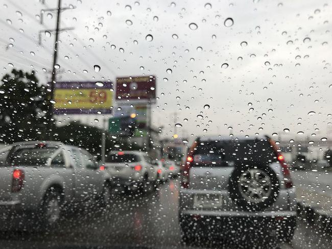 ในวันที่ฝนตก Car Close-up Drop Indoors  IPhone Keng-Bassist Nature Rain Sky Thailand Water Weather Wet Window ครูเก่ง บรรยากาศดี ประเทศไทย ฝนตก รถติด หลังพวงมาลัย