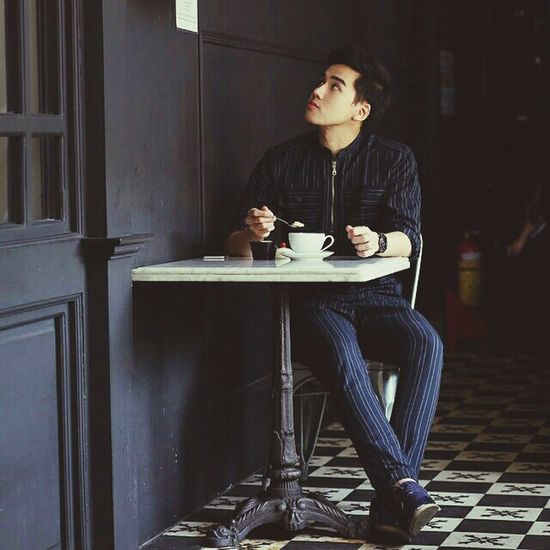 Relaxing Coffee Time Check This Out Fashion Photography Hideout Guy Bestfriend Eyem Best Shots Throwback Classic Elegance Loveit