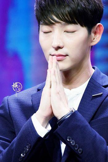 """Good night ♡"""" いい年越しを過ごしてくださいね😊😃 願う なりたい自分 祈り 安全 幸せ Happy New Year"""