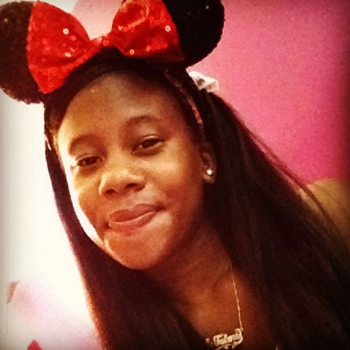 I love this picture Minimouse Bow Smile
