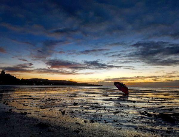 Nature Water Sunset Beach Lowtide At Sunset Umbrella Reflection Guamlife Cloud - Sky Outdoors Sea