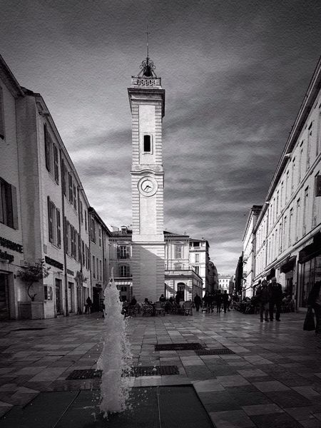 Tour de l'horloge Streetphoto_bw Streetphotography Bnw_tower Bnw_friday_eyeemchallenge Architecture Building Exterior Sky Built Structure Travel Destinations Outdoors Day Clock Tower City