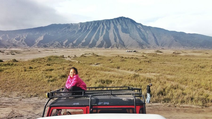 The Journey Is The Destination meet this girl on the way to bromo On The Way Bromo Mountain INDONESIA Scenery Nature Photography Photograph Eyeemmarket EyeEm EyeEm Gallery ASIA Travel Photography People Cheerful Expression Girl Eyeemphoto Eyeemphoto Done That.