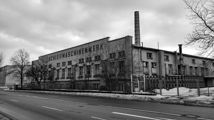 Architecture Building Exterior Façade City Sky No People History Outdoors Day Lostplaces Decay Decaying Building Abandoned Industrial Landscapes Industrial Industry Factory Urban Exploration Urban Chemnitz Chemnitzer Verfall Chemnitz Zwickauer Strasse