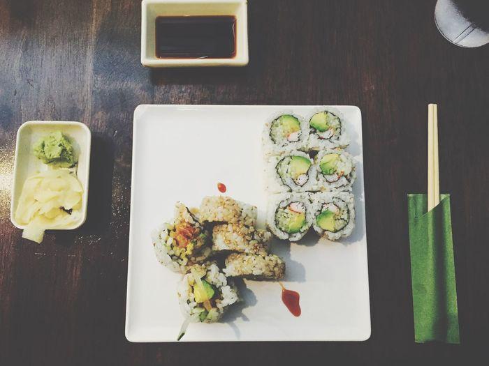 Sushi time 😋 Sushi Time First Eyeem Photo Yummy Ginaphotography