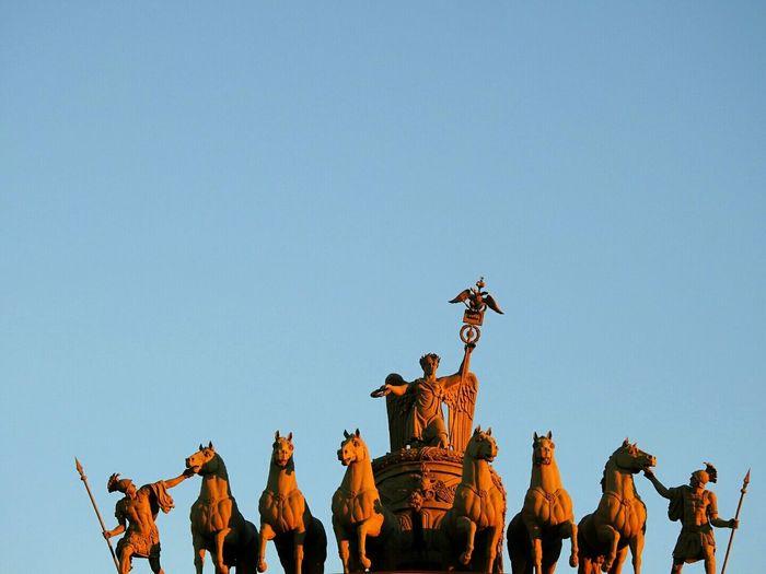 Glavshtab Statue Nika Goddess Clear Sky Sculpture Tourism Arch Blue Skies ⛅ Colors Of Sankt-Peterburg Sankt-Petersburg Russia
