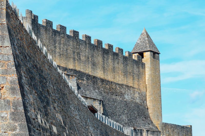 Castle Medieval Medieval Architecture Stone Wall Fortified Wall Fortification Historical Building Built Structure Architecture Building Exterior History The Past Sky Day Low Angle View Fort Nature Old Building Wall No People Ancient Outdoors Wall - Building Feature Travel Destinations Exterior Historic Building Fortress Old Town Historic