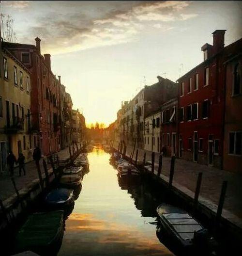 Venezia Laguna Al Tramonto. ..