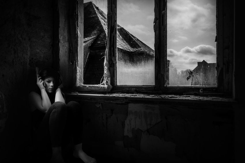 waiting for silence Monochrome Lucky's Monochrome Black And White Love Black And White Portrait Black And White Black & White Shootermag EyeEm Gallery Contrast Dark Abandoned Broken Despair Sorrow Sadness Pain Alone Girl Gun Windows Light And Shadow Mood Silence Art Darkness And Light