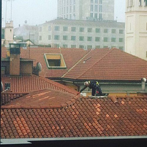 Milano e le nebbia Nebbia EyeEm Eye4photography  Tadaa Community EyeEm Milano Milanocity Moscova Street Moscova Sky Milan