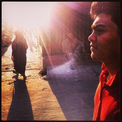 Sun Ray Light Shadow Winter Evening Pepole Color Street Chaktai Chittagong Instagram The Street Photographer - 2017 EyeEm Awards The Portraitist - 2017 EyeEm Awards