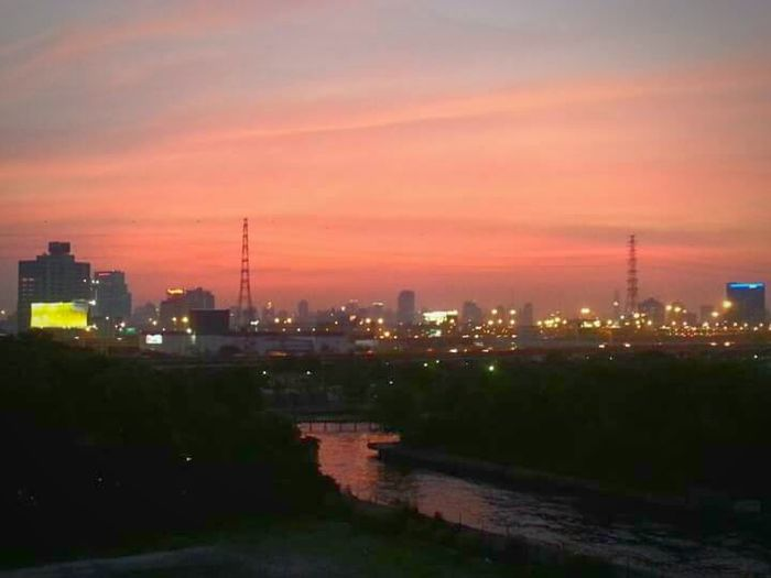 Sunset EyeEm Thailand Bangkok Thailand. Pink Sky Bangkok Sky EyeEm Best Shots - Sunsets + Sunrise Sunsetcity EyeEm Best Shots - No Edit The Purist (no Edit, No Filter)