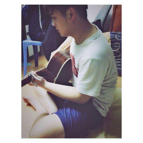 Miss you, guitar! ?