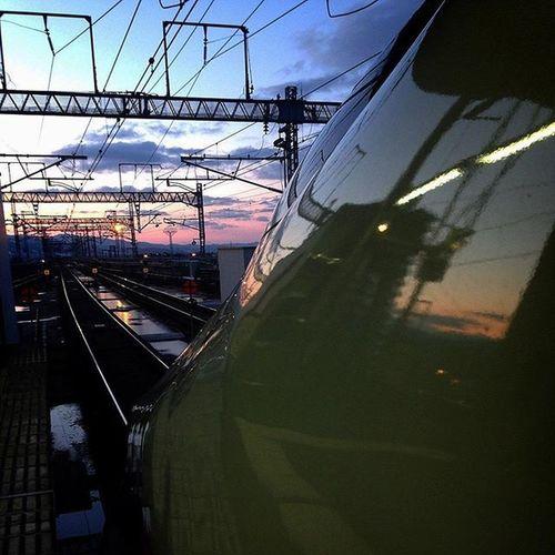 Japan Tokyo Station Train Shinkansen Sunset Railway Waiting Docteryellow ドクターイエロー を 見た