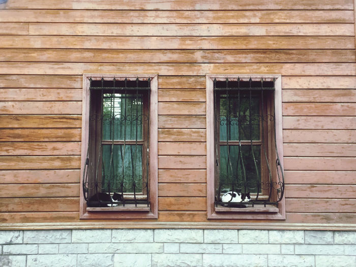 Full frame of window with wall