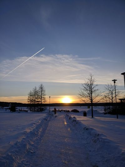 Airplane Winterart Myhometown EyeEm Selects Water Cold Temperature Sunset Winter Sky Horizon Over Water Cloud - Sky