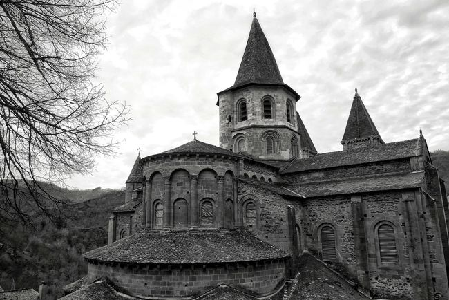 Abbatiale de Conques - Aveyron Architecture Travel Destinations History Building Exterior Cloud - Sky Medieval Blackandwhite Black And White Blackandwhite Photography Black & White Bnw Bnw_collection Bw Bw_collection Church Church Architecture Architecture Architecture_collection Noir Et Blanc Pierre Soulages Architecturelovers Patrimoine Black And White Friday