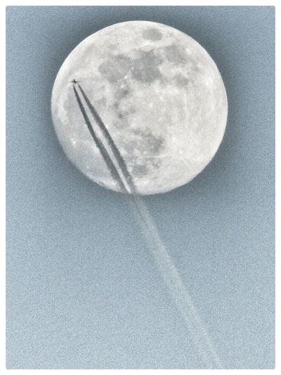Moon Moonlight Moon_collection Moonshine Moon Shots Nightphotography Night Nightshot Airplane AirPlane ✈ Airplane Shot Fly Flying High Fly To The Moon