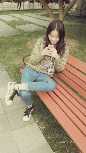 Hello World Love My Unique Style Streetphotography Fashion Enjoying Life At School Kenzo That's Me Adidas