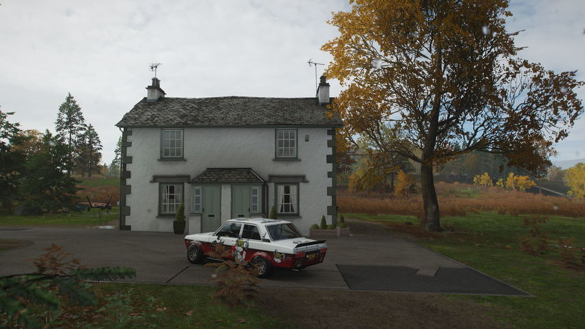 FH4 Forza Horizon 4 Forza Horizon Tree Plant Mode Of Transportation Architecture Built Structure Building Exterior Transportation Motor Vehicle Car Land Vehicle Nature Building No People Day Sky House Outdoors Road City Stationary