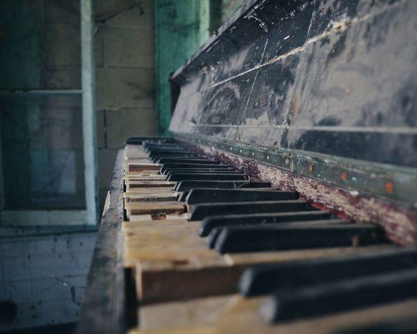 """"""" OldPianoKeys """" Old Piano Keys Old Piano Photography New On Eyeem Artist Piano Focus Paris"""