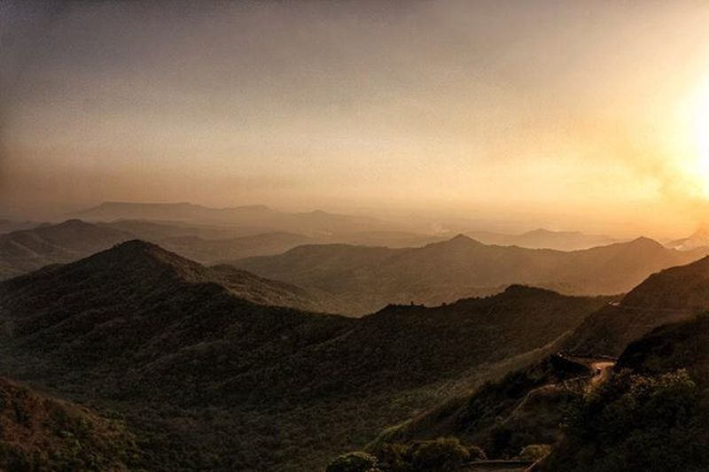 Serene Ignored_beauty Mountains Westernghats Statehighway Sunset Shadows Photoburn Sky Evening Weekend Roadtrip Travelgram Travel Travel_captures Travel Photography Gaganbawdaghat Konkandiaries Maharashtra Maharashtra_ig India