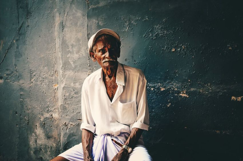 Portrait Vsco Vscohub Oldman Kochi Mattanchery Men Vscogrid Close-up Portrait Person Looking At Camera Outdoors Welcome Weekly