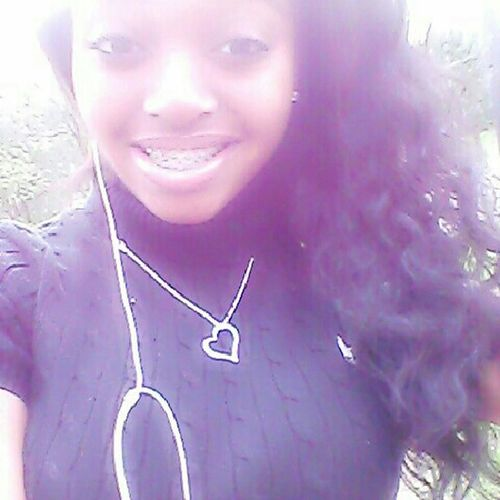 goodmorning ' just keep smiling &' let the world wonder whyy ♥