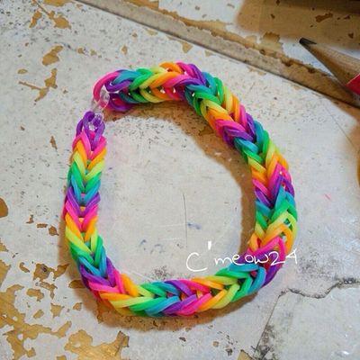 Mẫu Rainbow 6 màu :* 20k/vòng nhé :D Đặt trước 1am. Sms/viber :0915.530.078 Hôm sau lấy hàng từ 2h - 9h. Chỉ dẫn khi đến lấy : các bạn dừng trước số 11-13 Huỳnh văn bánh.pn Call mình ra đưa : 0168.255.5151 :3 Đặt theo khách tự mix : từ 2 đến 4 màu : 15k/vòng từ 5 đến 7 màu : 20k/vòng Ship từ 3 vòng trở lên :* TP.HCM CmeowColorCollection