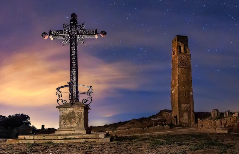 Cross of Belchite Architecture Abandoned Buildings Abandoned Places SPAIN Belchite Long Exposure Cross Sky Religion Spirituality Sculpture Statue Outdoors No People Night