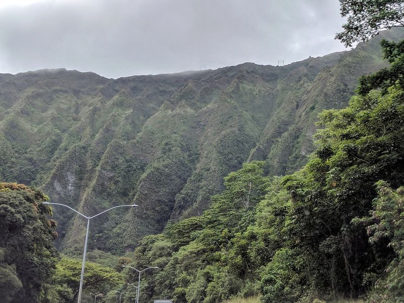 the majestic ko'olau mountains Mountain Landscape Beauty In Nature Overcast EyeEm Gallery Outdoor Photography EyeEm Nature Lover Beauty In Nature Koolau Mountains Verdant Taking Photos Nature Nature Windward Oahu Lush Green Mountains Trees Lush Greenery