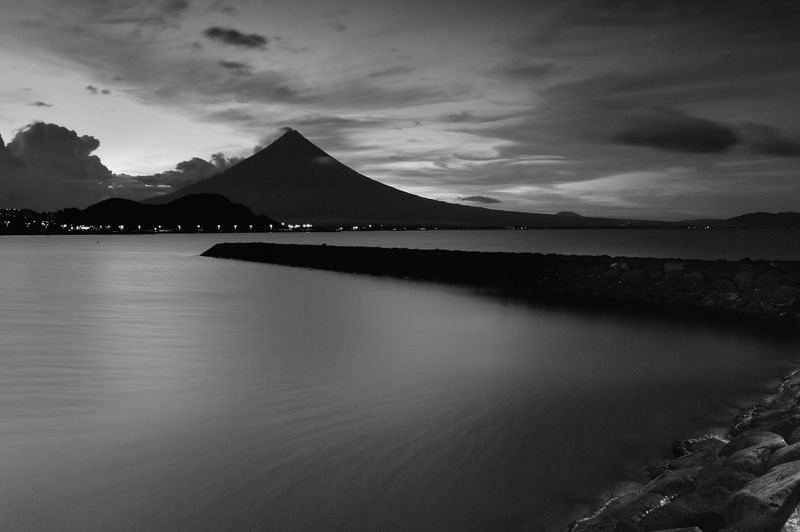 The Majestic Mayon Volcano of Albay, Philippines 🗻📍 Mountain Reflection Travel Landscape Travel Destinations Sea Pier City Nature Beauty In Nature Landscape_Collection Landscape_photography Landscapes Landscape_lovers Blackandwhite Blackandwhitephotography Photograph Photography Photooftheday Tourist Attraction  Perfectnature Naturephotography Philippines Mayon Volcano Philippines Mayonvolcano