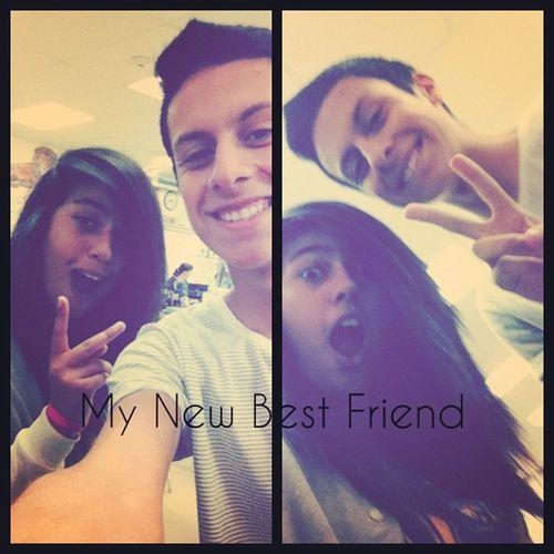My new bestfriend @maxolascoagaa he has a creeper smile lol xD Bestfriend Firstperiod Biology Swag