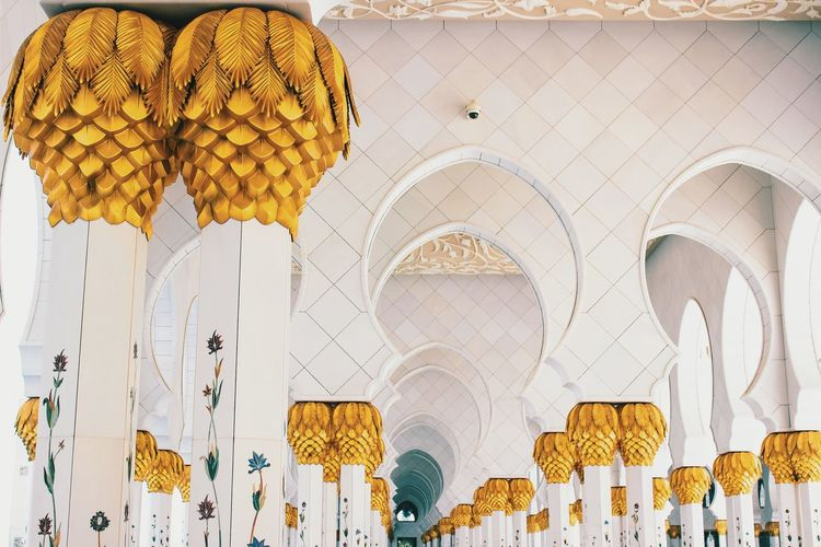 Great pillars of the grand mosque. ♥ Vscocam RePicture Wealth EyeEm Best Shots Discover Your City