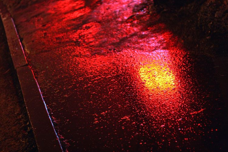 27.03 Night городскаясреда юго-запад Юго-Западный район Night Photography Nightphotography Night Lights Ekaterinburgcity атмосфера (null)ночная тема Россия Russia Ekaterinburg Ekaterinburg_foto Екатеринбург Ночь Colors