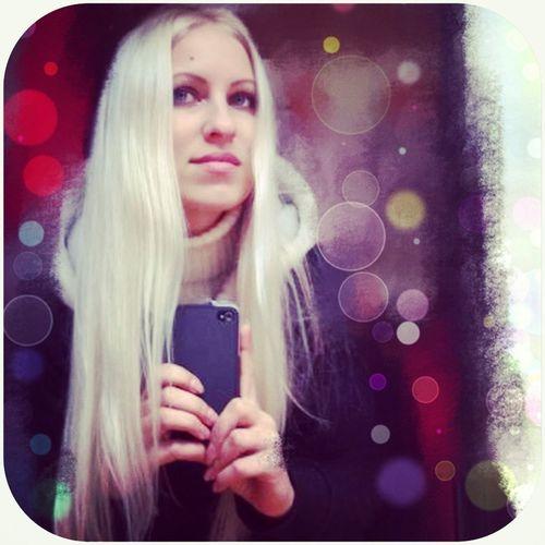 Gir Blonde Beautiful