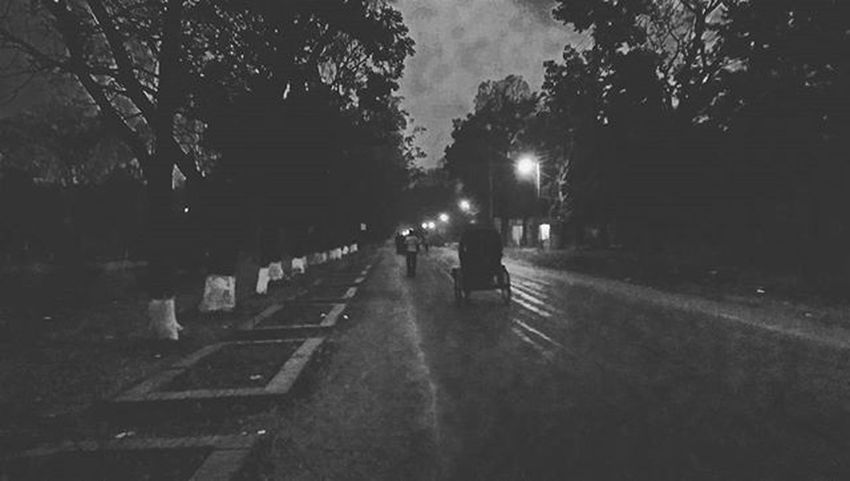 Ju Evening Streets Calm Silence Light Dark Blackandwhite Htconem8photography BoOmNaTh Boom