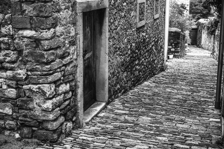 Architecture Blackandwhite Building Exterior Built Structure Cobblestone Day Door No People Outdoors Pathway
