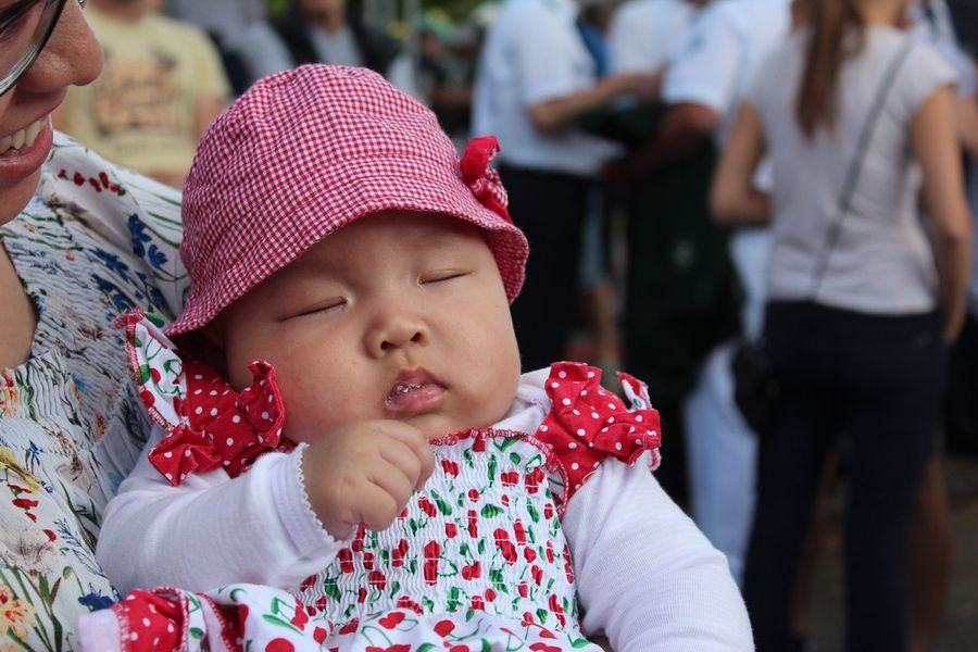 EyeEm Selects Beauty Little Girl Real People Baby Two People Focus On Foreground Babyhood Togetherness Cute Childhood Day Lifestyles Outdoors Baby Stroller Close-up People
