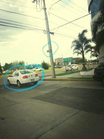 mientras tanto en Aguascalientes, el respeto a los sentidos de las calles es lo más chido que he visto aquí