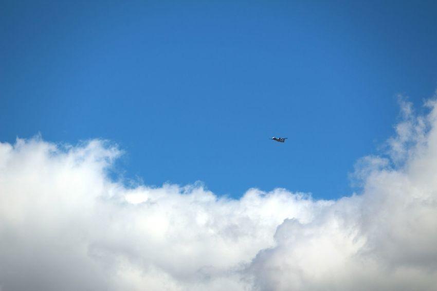 Flying Sky Blue Cloud - Sky Airplane Avion Ciel Nuages Et Ciel Beauty In Nature Nuage☁️ Ciel Et Nuages Travel